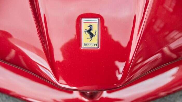 ferrari-nyse-race-jest-najsilniejsza-marka-luxury-premium-na-swiecie-live-trading-news